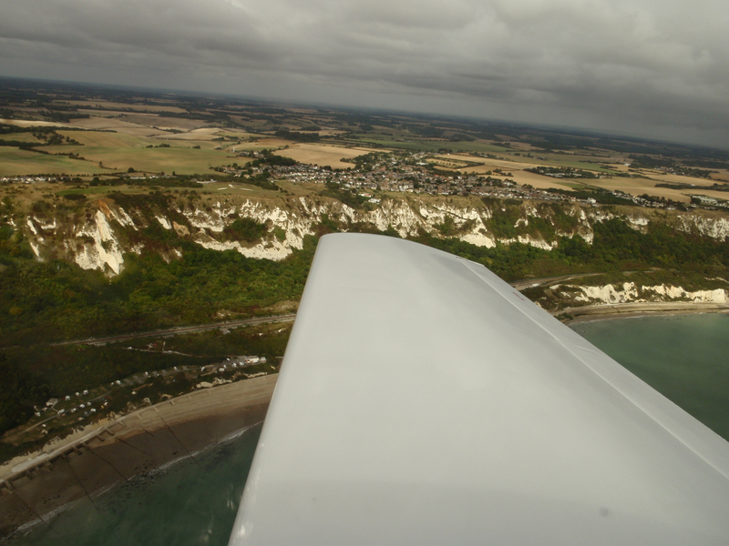 Battle_of_Britain_memorial_white_cliffs_of_Dover